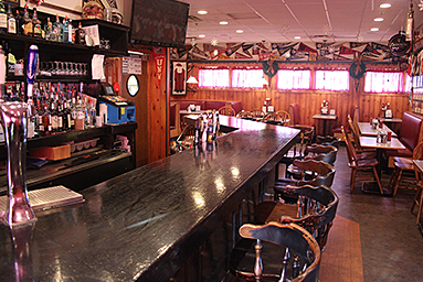 In This Location Since 1957 Park Lunch Is Famous For Its Delicious Fried Clams Family Style Atmosphere And Sports Bar Serving Pizza Burgerore